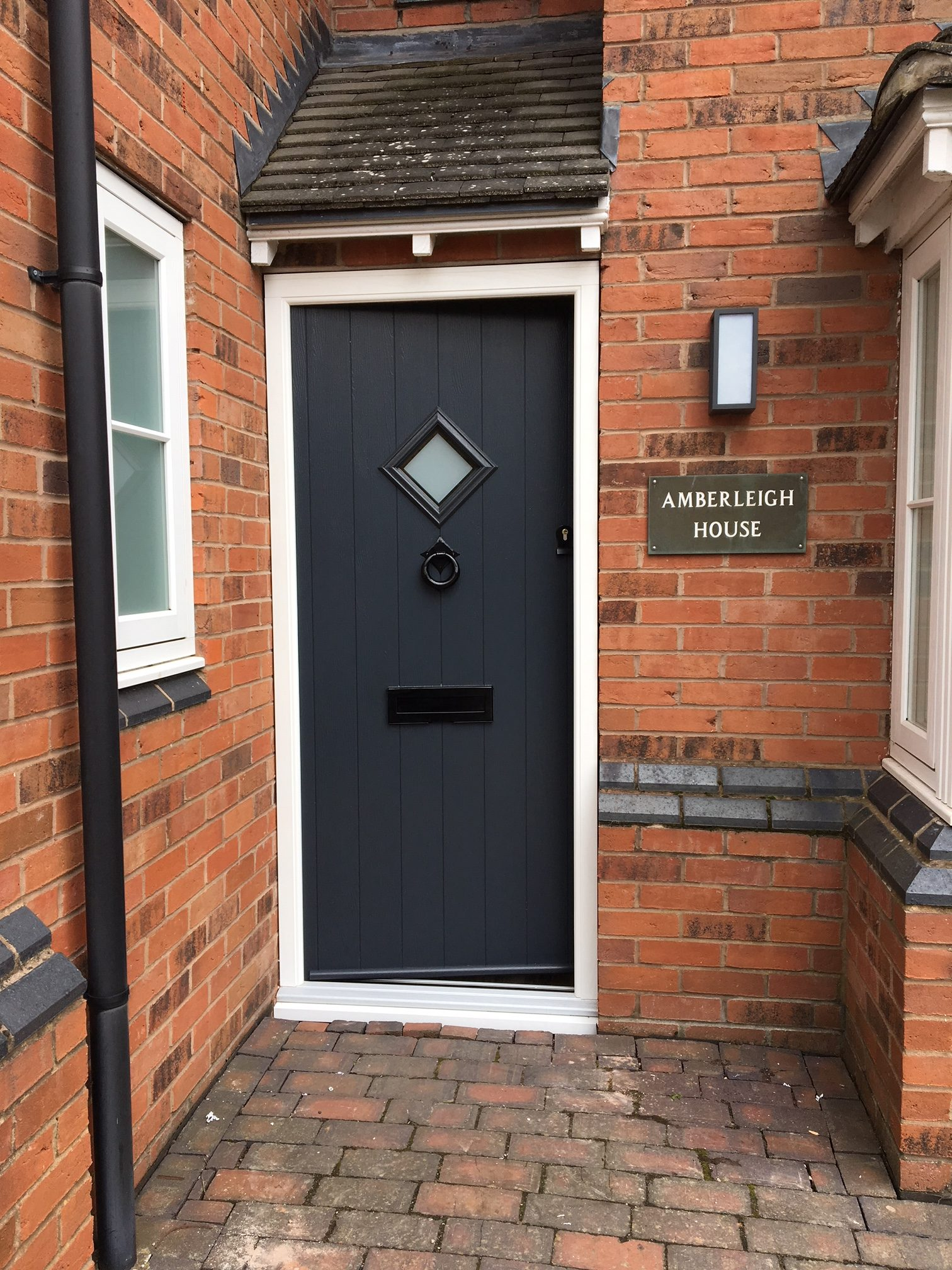 Residence 9 Flint One Solidor in Anthracite grey